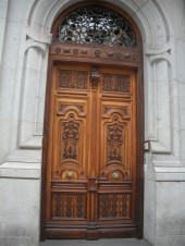 more old doors in Madrid
