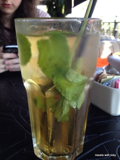 I love their mint iced tea and tonight's tea included mint leaves