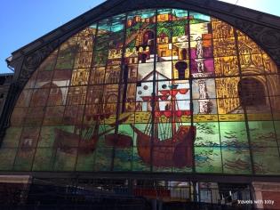 Atarazanas market window from the outside