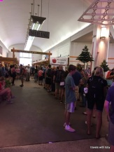 long line for apples, Ag building